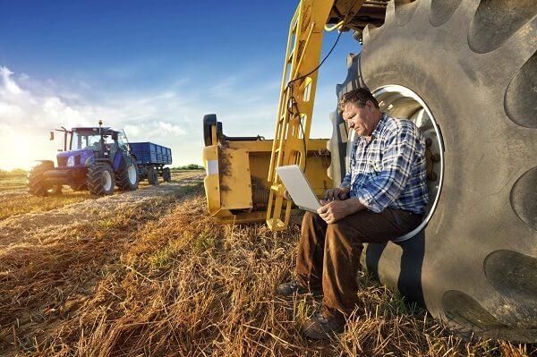 Anunţ important de la APIA! Bani alocaţi fermierilor