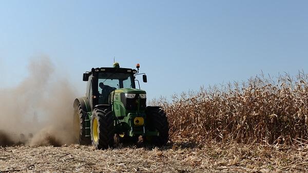 Suma pe care fermierii ar putea să o primească de la bugetul de stat pentru reducerea accizei la motorină