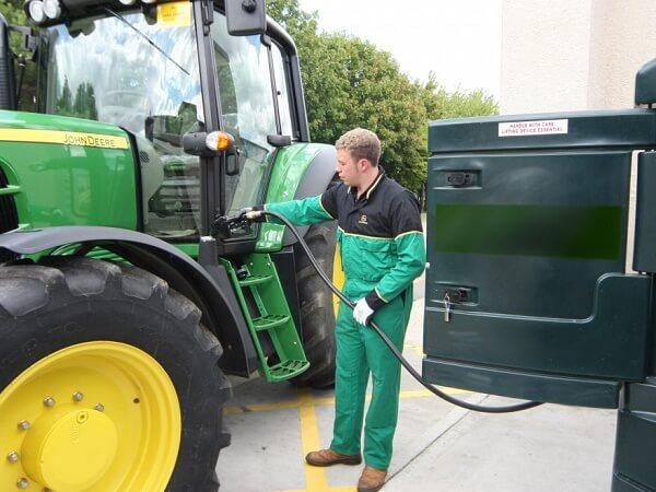 Subvenţia pentru motorină în agricultură | APIA a demarat plăţile pentru trimestrele III şi IV din 2018