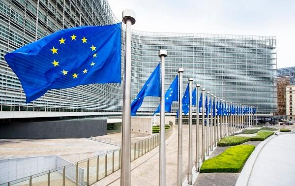 Comisia Europeană propune noi măsuri destinate pieţelor agricole