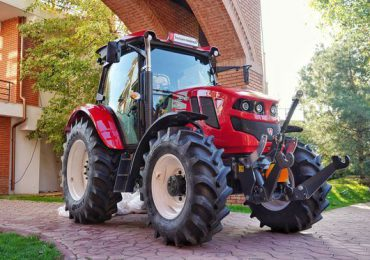 Vânzările de tractoare şi combine agricole, în creştere
