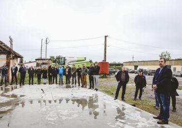 """""""Ziua Antti"""", un eveniment dedicat fermierilor. Sistemul de uscare şi depozitare a cerealelor prezentat la Peciu Nou - GALERIE FOTO"""