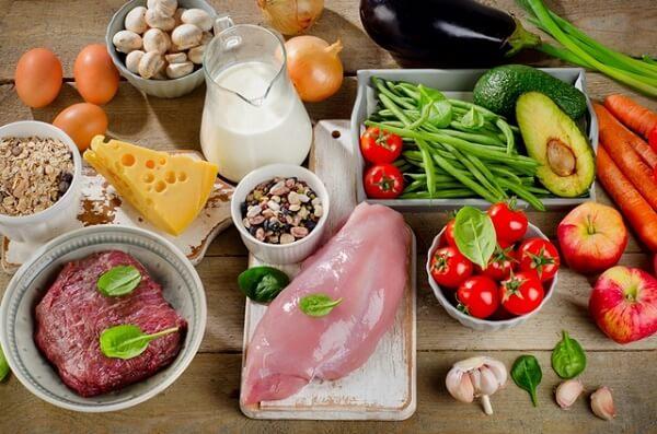 Preţurile alimentelor au scăzut ca efect al pandemiei de coronavirus
