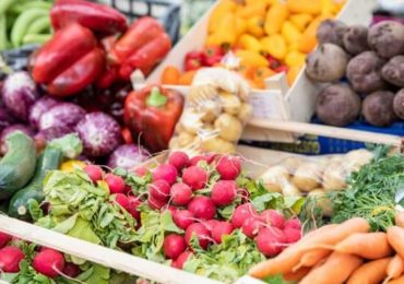 Botoşani: Zeci de producători agricoli participă la un târg de produse agro-alimentare