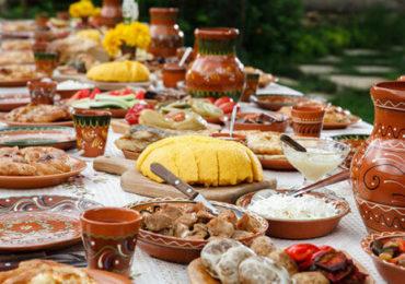 Firme de catering ţărănesc, înfiinţate de studenţi pentru nunţi în mediul rural. Ideea aparţine unui profesor de la USAMV Cluj-Napoca