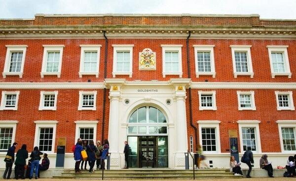 Carnea de vită, interzisă în campusul unei universităţi din Londra