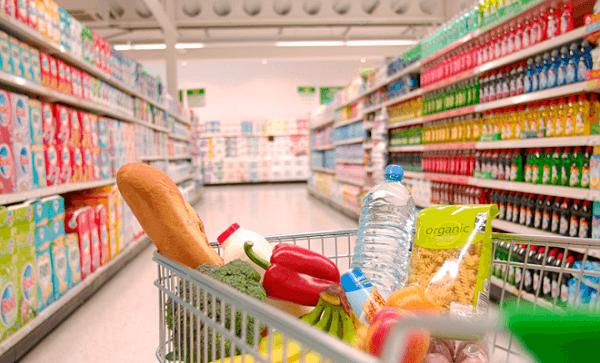 Achiziţiile de panică şi izolările ar putea stimula preţurile mondiale ale alimentelor, avertizează analiştii