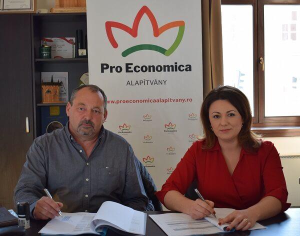 Fermieri români, sprijiniţi financiar cu fonduri europene accesate de guvernul Ungariei