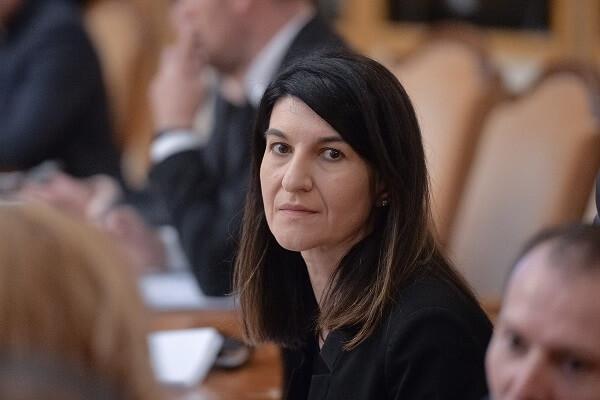 Ministrul muncii a discutat la Bonn cu angajaţii români nemulţumiţi de condiţiile de muncă