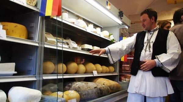 """Adrian Oros, despre magazinele de stat deschise de Petre Daea: """"Butaforii"""""""