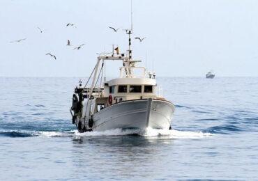 Brexit | Accesul pescarilor francezi în apele insulei Guernsey a fost interzis