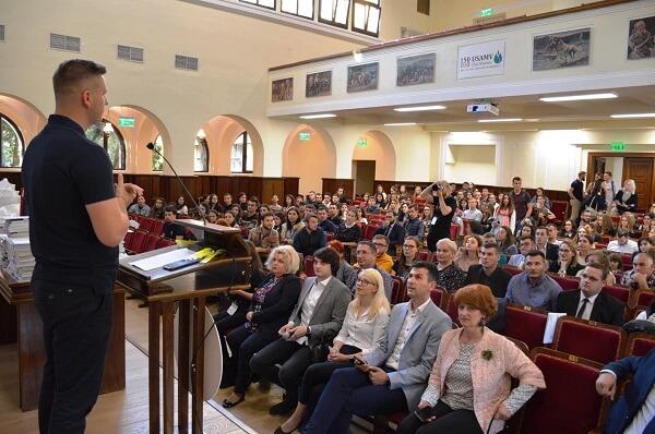 Peste 350 de lucrări înscrise la simpozionul studenţesc al USAMV Cluj-Napoca